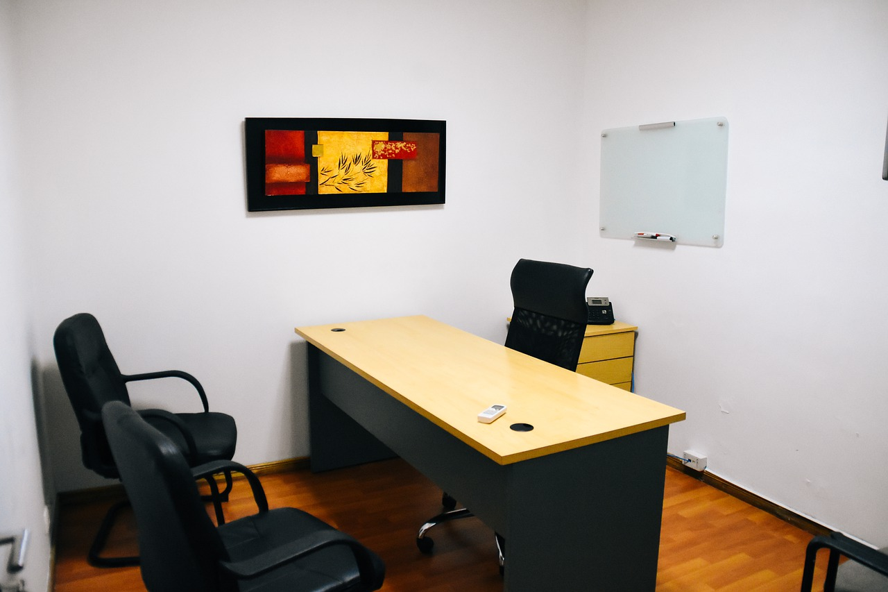 Najbardziej potrzebne meble do biura