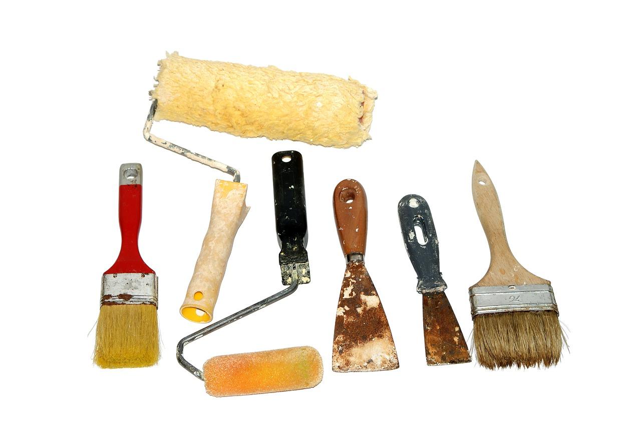 Prace budowlane. Gipsowanie i malowanie ścian cennik